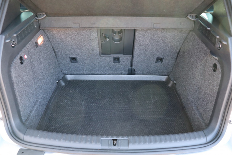 Photo 17 de l'offre de VOLKSWAGEN TIGUAN 2.0 TDI 150 LOUNGE GPS, Clim, BT, Garantie 6 mois VW à 17890€ chez Auto premium Selection