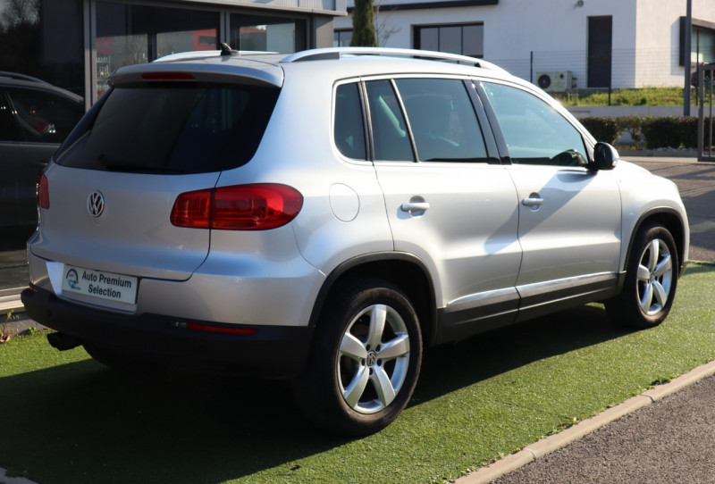 Photo 4 de l'offre de VOLKSWAGEN TIGUAN 2.0 TDI 150 LOUNGE GPS, Clim, BT, Garantie 6 mois VW à 17890€ chez Auto premium Selection