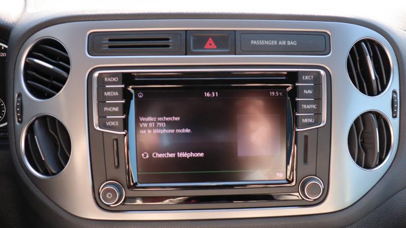 Photo 13 de l'offre de VOLKSWAGEN TIGUAN 2.0 TDI 150 LOUNGE GPS, Clim, BT, Garantie 6 mois VW à 17890€ chez Auto premium Selection