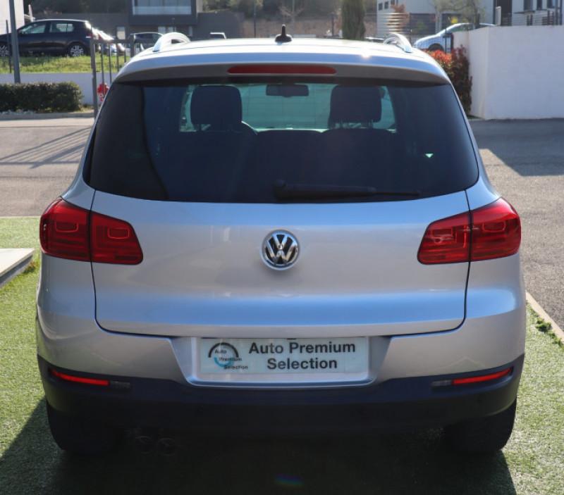 Photo 20 de l'offre de VOLKSWAGEN TIGUAN 2.0 TDI 150 LOUNGE GPS, Clim, BT, Garantie 6 mois VW à 17890€ chez Auto premium Selection