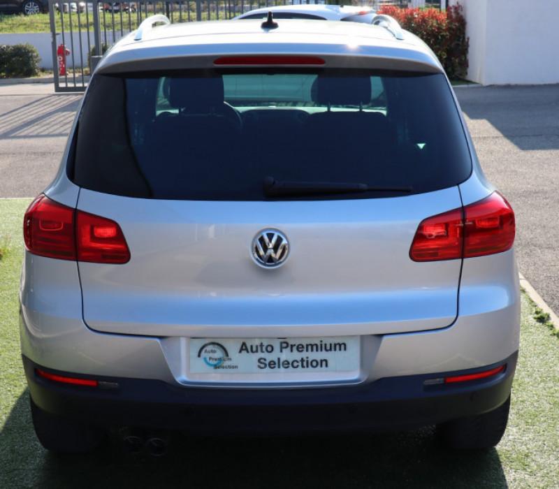 Photo 5 de l'offre de VOLKSWAGEN TIGUAN 2.0 TDI 150 LOUNGE GPS, Clim, BT, Garantie 6 mois VW à 17890€ chez Auto premium Selection