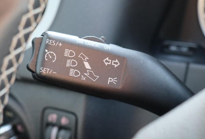 Photo 15 de l'offre de VOLKSWAGEN TIGUAN 2.0 TDI 150 LOUNGE GPS, Clim, BT, Garantie 6 mois VW à 17890€ chez Auto premium Selection