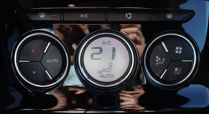 Photo 10 de l'offre de CITROEN DS3 1.6 THP 155 GPS, Clim Auto, BT, Garantie 6 mois à 8900€ chez Auto premium Selection