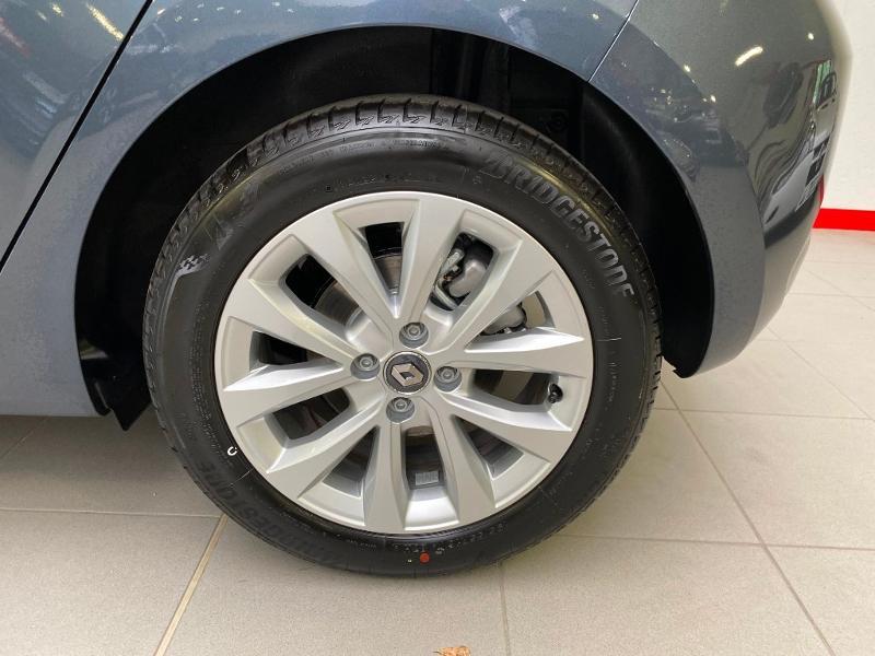 Photo 17 de l'offre de RENAULT Clio 1.5 Blue dCi 115ch Intens 6cv 115 à 18490€ chez Duval Automobiles