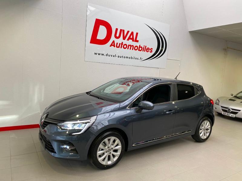 Photo 1 de l'offre de RENAULT Clio 1.5 Blue dCi 115ch Intens 6cv 115 à 18490€ chez Duval Automobiles
