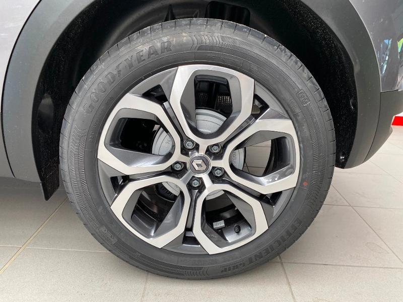 Photo 18 de l'offre de RENAULT Captur 1.0 TCe 100ch Intens - 20 100 à 20490€ chez Duval Automobiles
