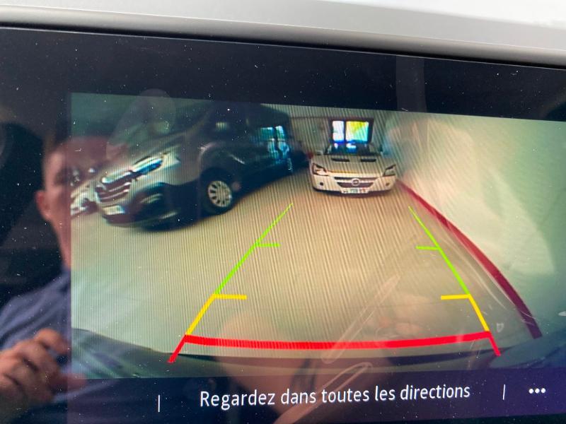Photo 10 de l'offre de RENAULT Captur 1.0 TCe 100ch Intens - 20 100 à 20490€ chez Duval Automobiles