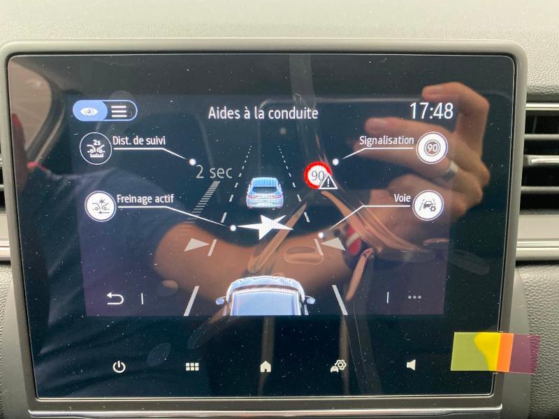 Photo 15 de l'offre de RENAULT Captur 1.0 TCe 100ch Intens - 20 100 à 20490€ chez Duval Automobiles