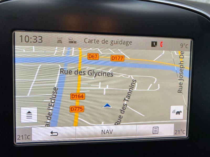 Photo 9 de l'offre de RENAULT Scenic 1.5 dCi 110ch energy Business 110 à 15990€ chez Duval Automobiles