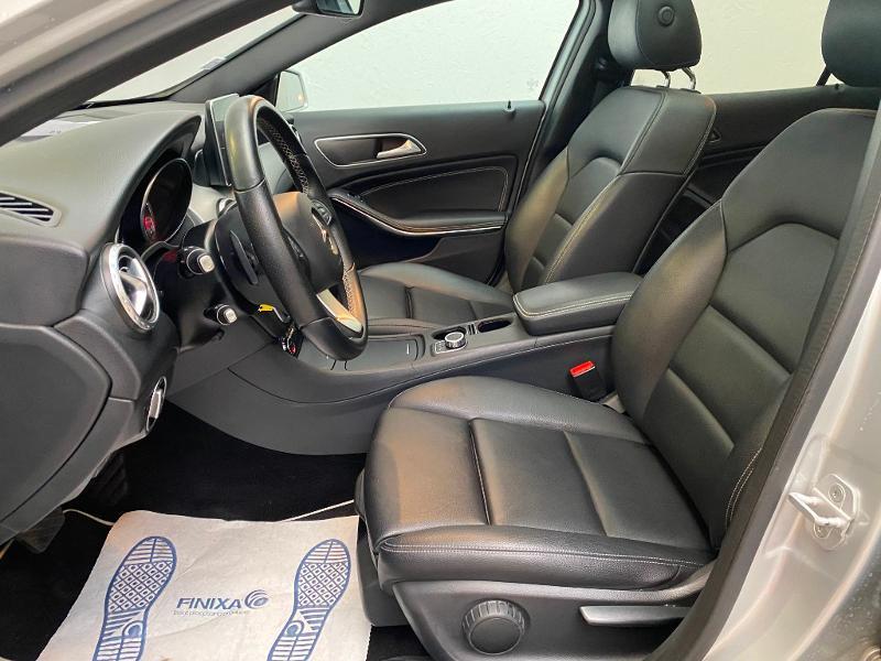 Photo 5 de l'offre de MERCEDES-BENZ Classe GLA 220 d Activity Edition 4Matic 7G-DCT à 24990€ chez Duval Automobiles