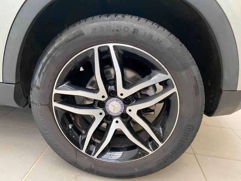 Photo 21 de l'offre de MERCEDES-BENZ Classe GLA 220 d Activity Edition 4Matic 7G-DCT à 24990€ chez Duval Automobiles