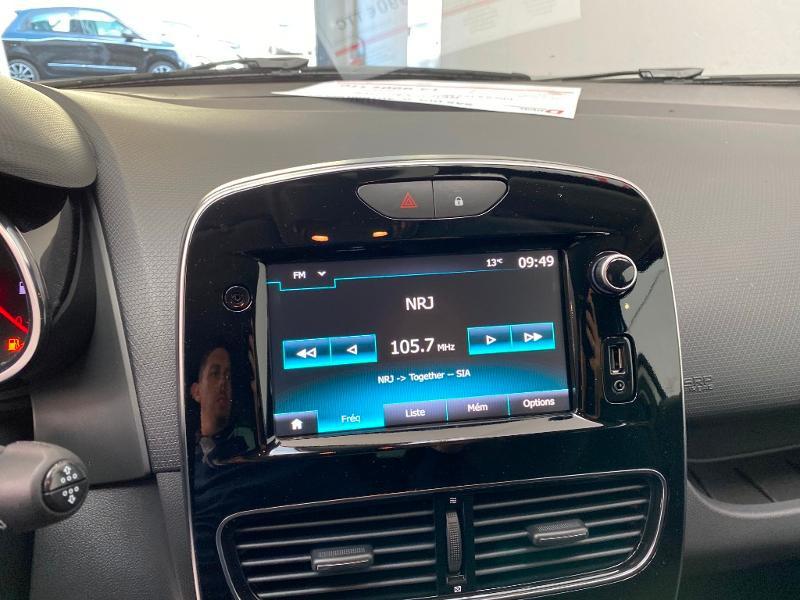 Photo 11 de l'offre de RENAULT Clio 0.9 TCe 90ch Génération - 19 5p 90 à 13490€ chez Duval Automobiles