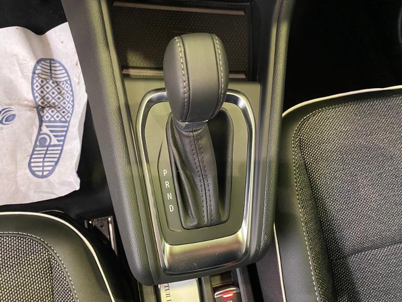Photo 8 de l'offre de RENAULT Captur 1.3 TCe 140ch FAP Intens EDC - 21 à 24990€ chez Duval Automobiles