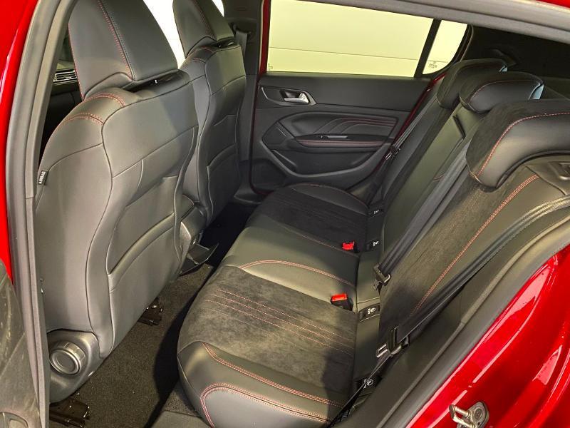 Photo 6 de l'offre de PEUGEOT 308 1.5 BlueHDi 130ch S&S GT Pack EAT8 à 26690€ chez Duval Automobiles
