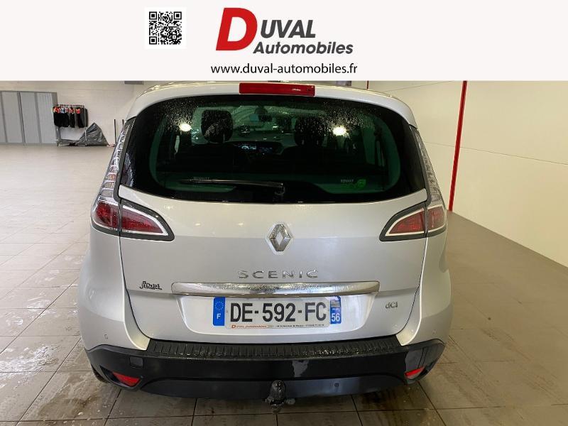 Photo 12 de l'offre de RENAULT Scenic 1.5 dCi 110ch Dynamique à 8490€ chez Duval Automobiles