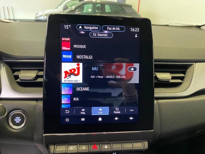 Photo 12 de l'offre de RENAULT Captur 1.3 TCe 140ch FAP Intens EDC - 21 à 24990€ chez Duval Automobiles