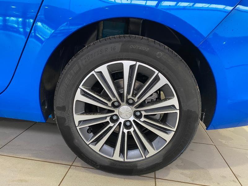 Photo 18 de l'offre de PEUGEOT 308 SW 1.5 BlueHDi 130ch S&S Allure Pack à 22790€ chez Duval Automobiles