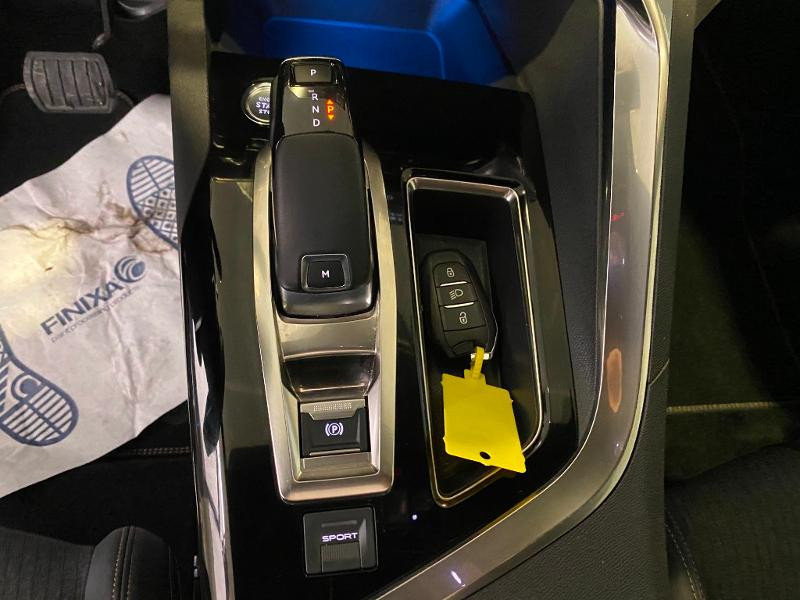 Photo 15 de l'offre de PEUGEOT 5008 1.5 BlueHDi 130ch S&S GT Line EAT8 à 31990€ chez Duval Automobiles
