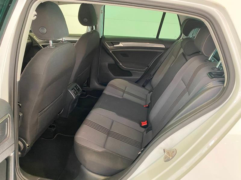 Photo 6 de l'offre de VOLKSWAGEN Golf 1.6 TDI 110ch BlueMotion Technology FAP Allstar 5p à 13490€ chez Duval Automobiles