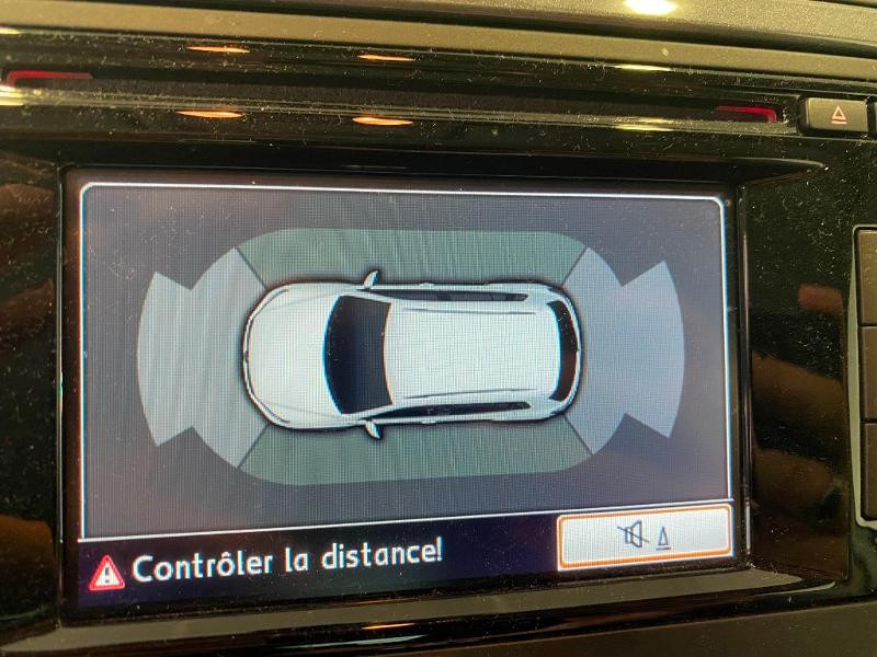 Photo 10 de l'offre de VOLKSWAGEN Tiguan 2.0 TDI 140ch BlueMotion Technology FAP Sportline Business à 14490€ chez Duval Automobiles