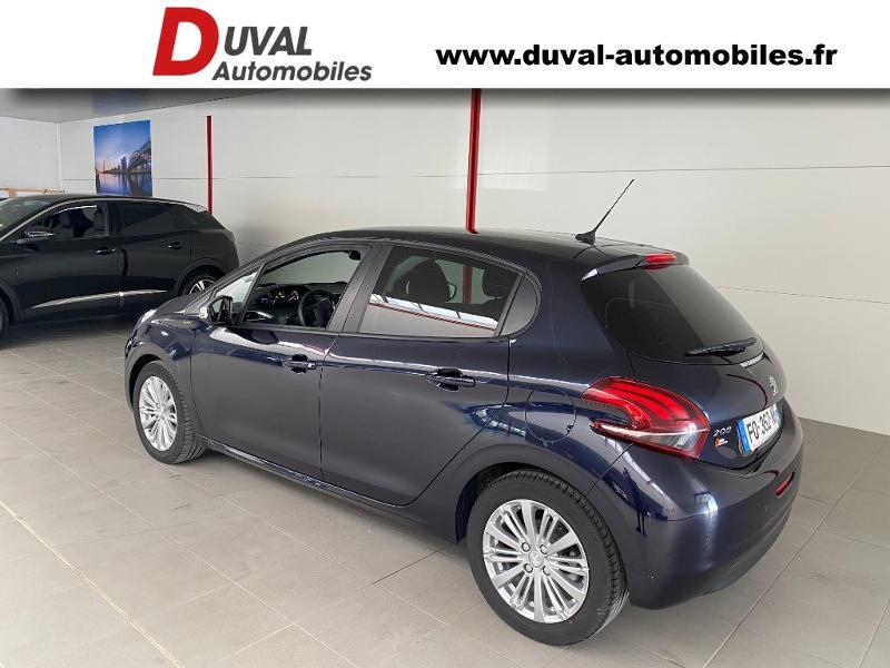 Photo 4 de l'offre de PEUGEOT 208 1.5 BlueHDi 100ch E6.c Signature BVM5 86g 5p à 13990€ chez Duval Automobiles