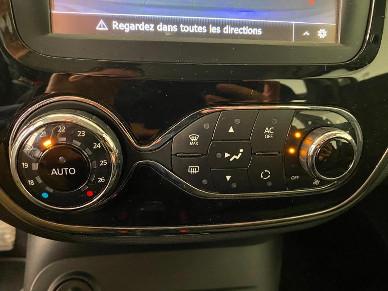 Photo 13 de l'offre de RENAULT Captur 1.5 dCi 90ch Stop&Start energy Intens eco² à 9490€ chez Duval Automobiles