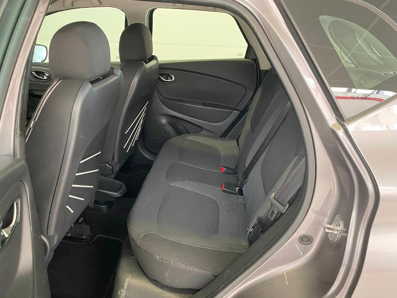 Photo 6 de l'offre de RENAULT Captur 1.5 dCi 90ch Stop&Start energy Intens eco² à 9490€ chez Duval Automobiles