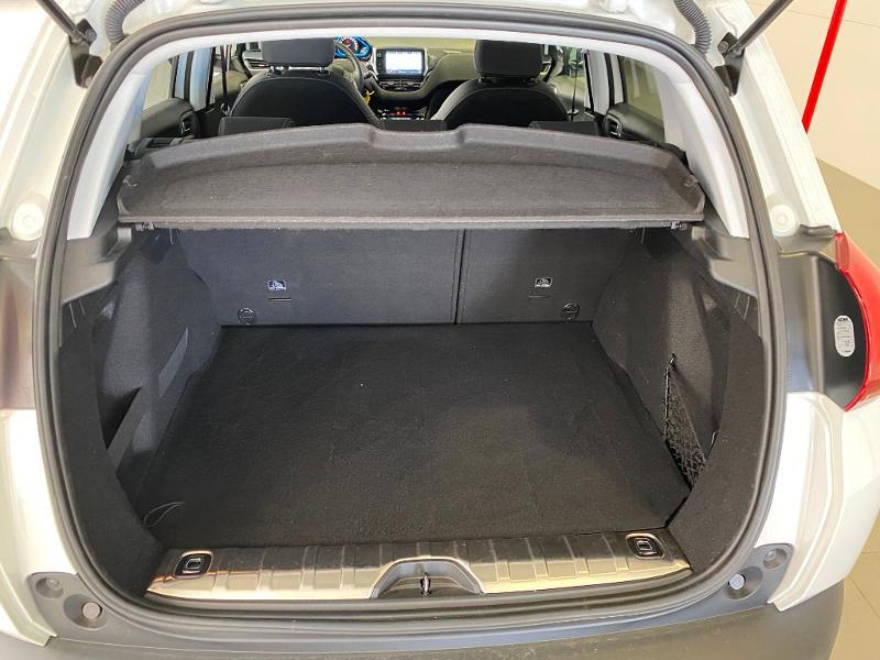 Photo 15 de l'offre de PEUGEOT 2008 1.2 PureTech 110ch Allure S&S EAT6 à 15990€ chez Duval Automobiles