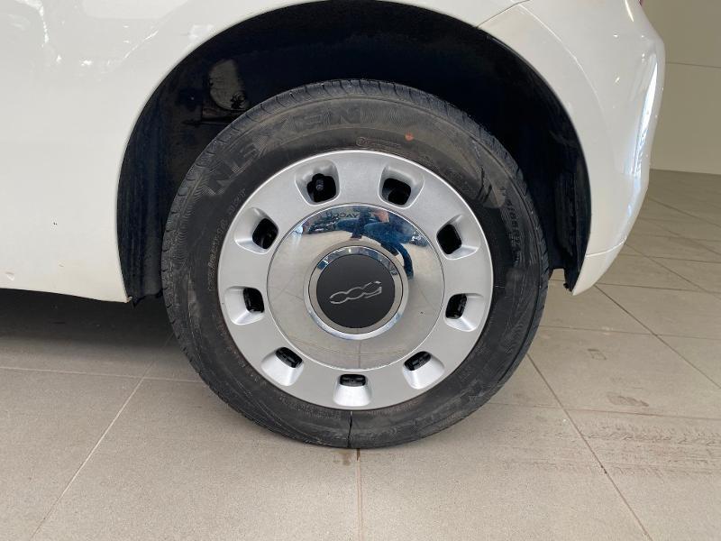 Photo 13 de l'offre de FIAT 500 1.2 8v 69ch Popstar à 9490€ chez Duval Automobiles