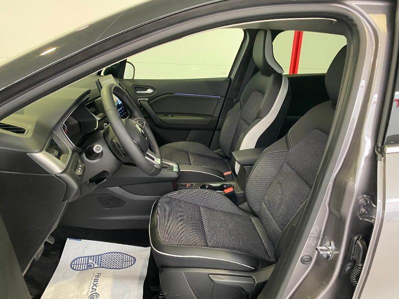 Photo 5 de l'offre de RENAULT Captur 1.3 TCe 140ch FAP Intens EDC à 24990€ chez Duval Automobiles
