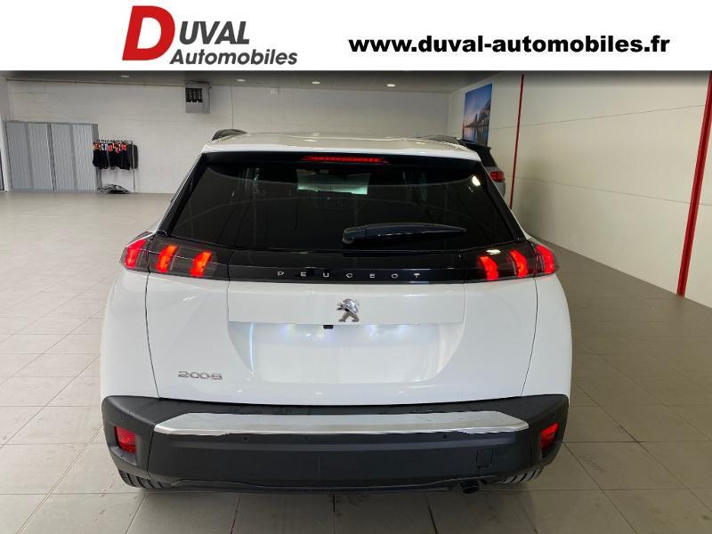 Photo 14 de l'offre de PEUGEOT 2008 1.2 PureTech 100ch S&S Allure à 21990€ chez Duval Automobiles