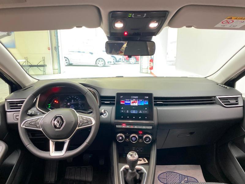 Photo 8 de l'offre de RENAULT Clio 1.0 TCe 100ch Intens - 20 à 15990€ chez Duval Automobiles
