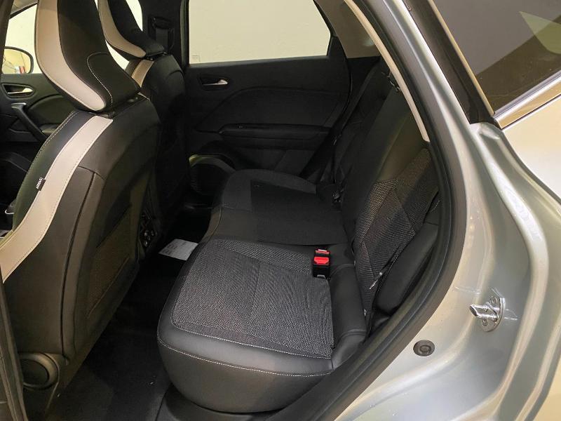 Photo 6 de l'offre de RENAULT Captur 1.5 Blue dCi 115ch Intens 115 à 23490€ chez Duval Automobiles