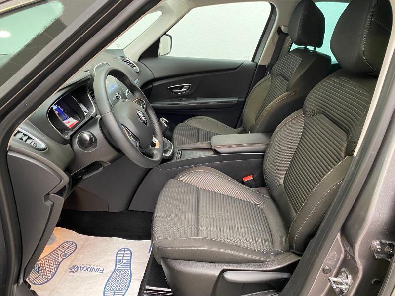 Photo 8 de l'offre de RENAULT Grand Scenic 1.7 Blue dCi 120ch Business 7 places 120 à 22490€ chez Duval Automobiles