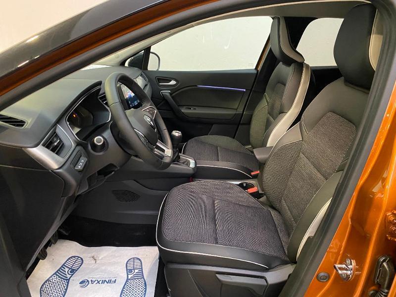 Photo 5 de l'offre de RENAULT Captur 1.5 Blue dCi 115ch Intens 115 à 22990€ chez Duval Automobiles