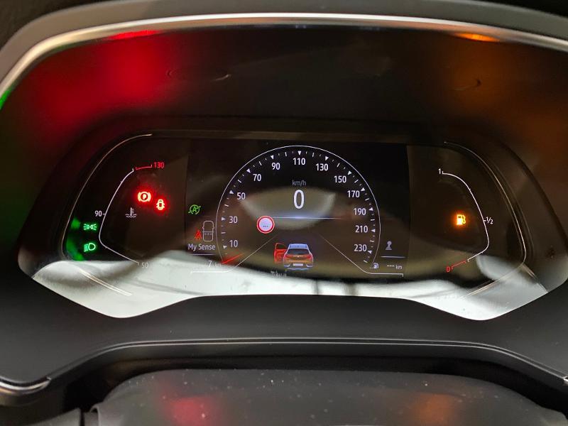 Photo 11 de l'offre de RENAULT Captur 1.5 Blue dCi 115ch Intens 115 à 22990€ chez Duval Automobiles