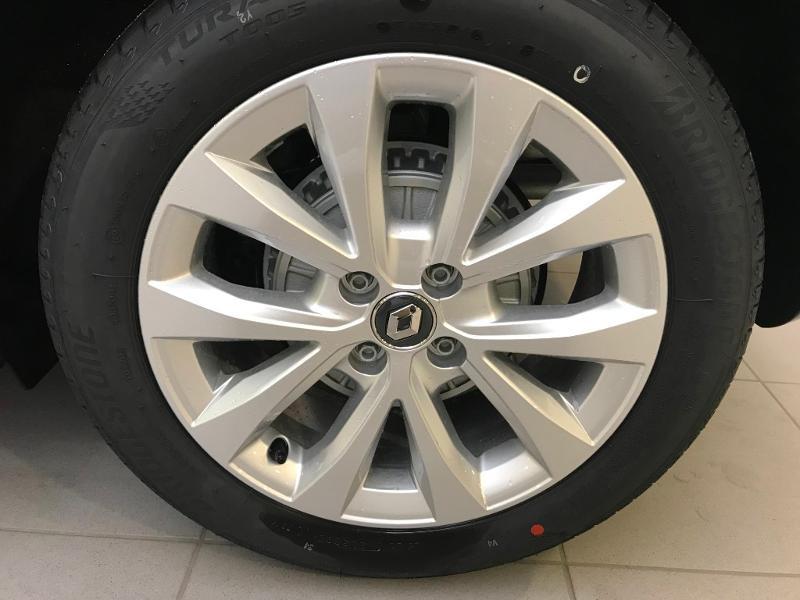 Photo 14 de l'offre de RENAULT Clio 1.5 Blue dCi 115 ch Zen 6cv + options 115ch à 18490€ chez Duval Automobiles