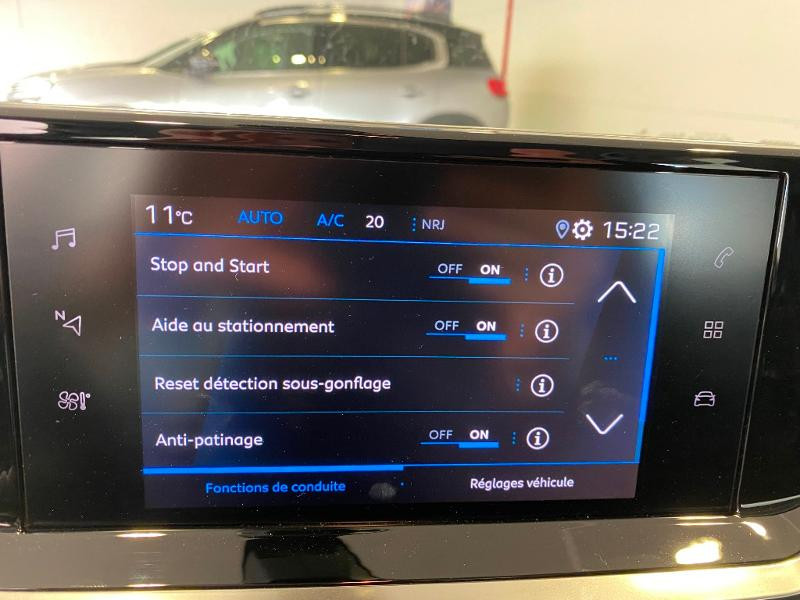Photo 15 de l'offre de PEUGEOT 2008 1.2 PureTech 100ch S&S Active à 18990€ chez Duval Automobiles