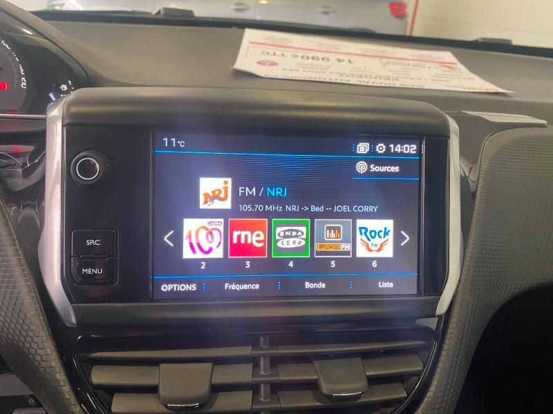 Photo 12 de l'offre de PEUGEOT 2008 1.2 PureTech 130ch E6.c Allure S&S à 14990€ chez Duval Automobiles