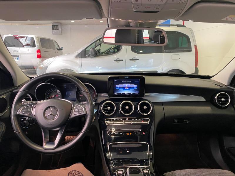 Photo 7 de l'offre de MERCEDES-BENZ Classe C Break 200 da Sportline à 20990€ chez Duval Automobiles