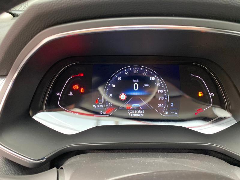 Photo 8 de l'offre de RENAULT Captur 1.5 Blue dCi 95ch Intens 95 à 21990€ chez Duval Automobiles