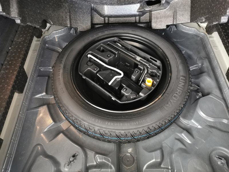 Photo 12 de l'offre de PEUGEOT 308 SW 1.2 PureTech 130ch E6.c S&S Style à 17990€ chez Duval Automobiles