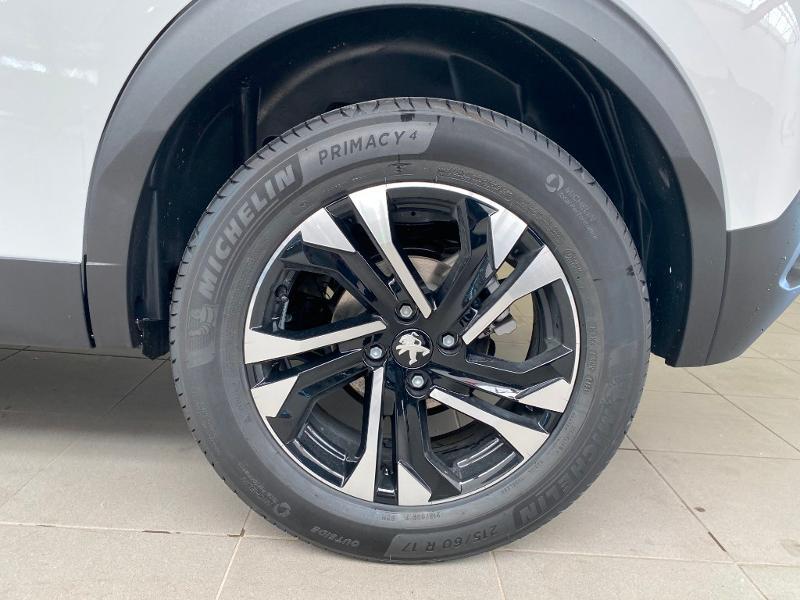 Photo 16 de l'offre de PEUGEOT 2008 1.2 PureTech 100ch S&S Allure à 21990€ chez Duval Automobiles