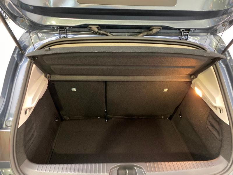 Photo 16 de l'offre de RENAULT Clio 1.0 TCe 100ch Intens - 20 à 15990€ chez Duval Automobiles
