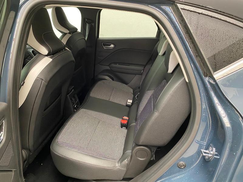 Photo 6 de l'offre de RENAULT Captur 1.3 TCe 130ch FAP Intens - 20 à 21890€ chez Duval Automobiles