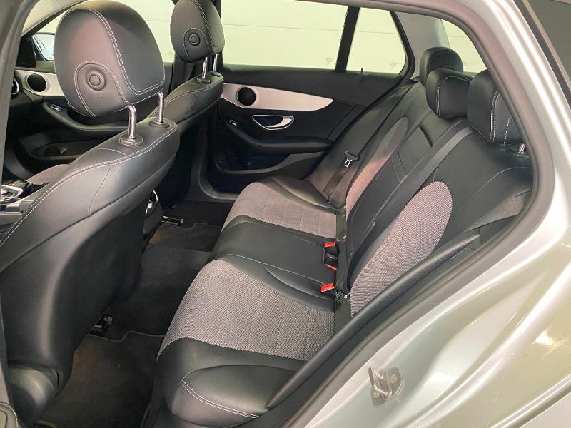 Photo 6 de l'offre de MERCEDES-BENZ Classe C Break 200 da Sportline à 20990€ chez Duval Automobiles