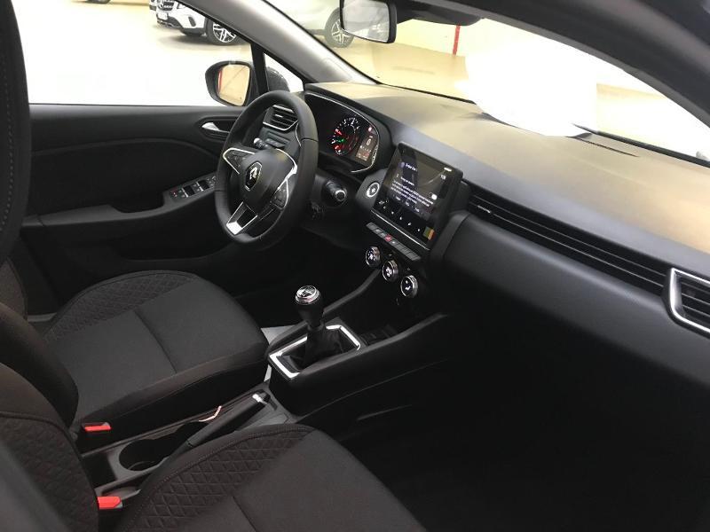 Photo 4 de l'offre de RENAULT Clio 1.5 Blue dCi 115 ch Zen 6cv + options 115ch à 18490€ chez Duval Automobiles