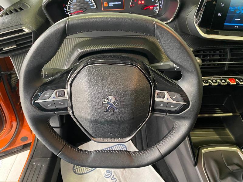 Photo 8 de l'offre de PEUGEOT 2008 1.2 PureTech 100ch S&S Active à 18990€ chez Duval Automobiles