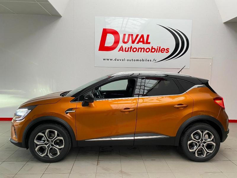 Photo 3 de l'offre de RENAULT Captur 1.5 Blue dCi 115ch Intens 115 à 22990€ chez Duval Automobiles