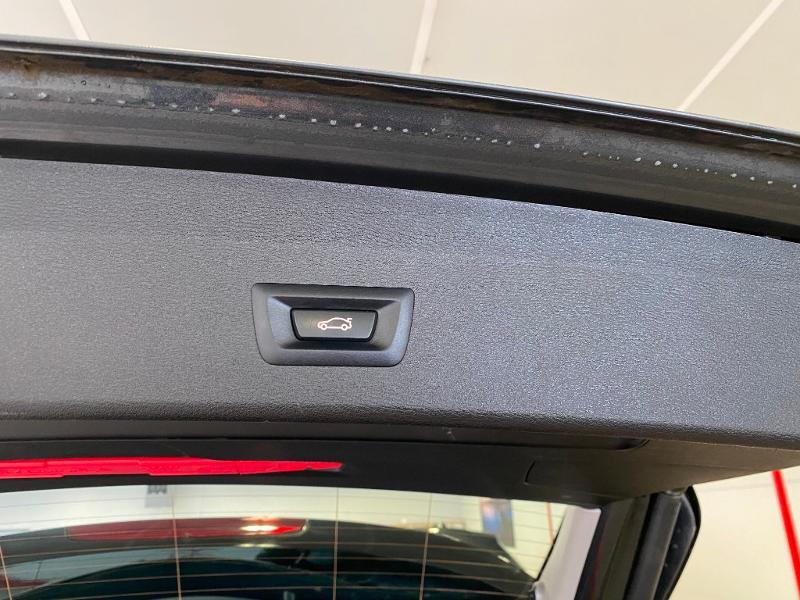 Photo 16 de l'offre de BMW X1 sDrive18dA 150ch Business Design à 23990€ chez Duval Automobiles